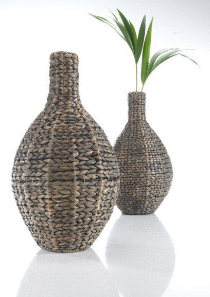 Dekorative Vase aus Wasserhyazinthe - ein schicker Hingucker