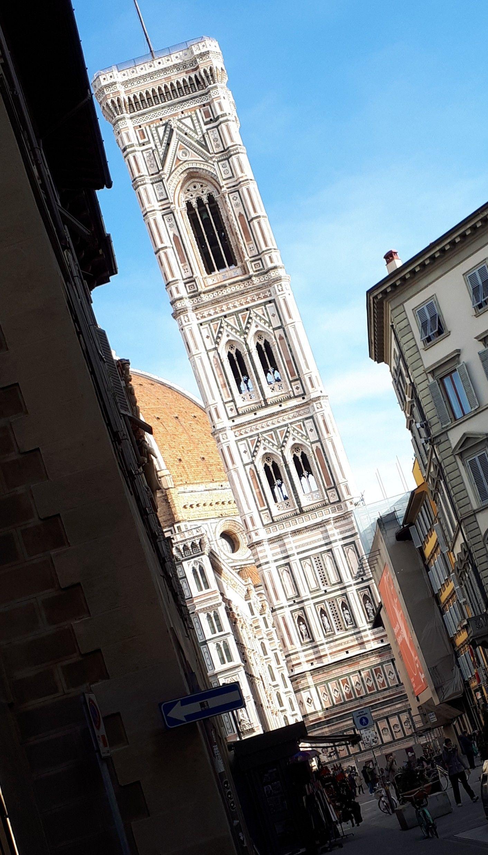 Italia & friends Comunica Che spettacolo è Firenze, che