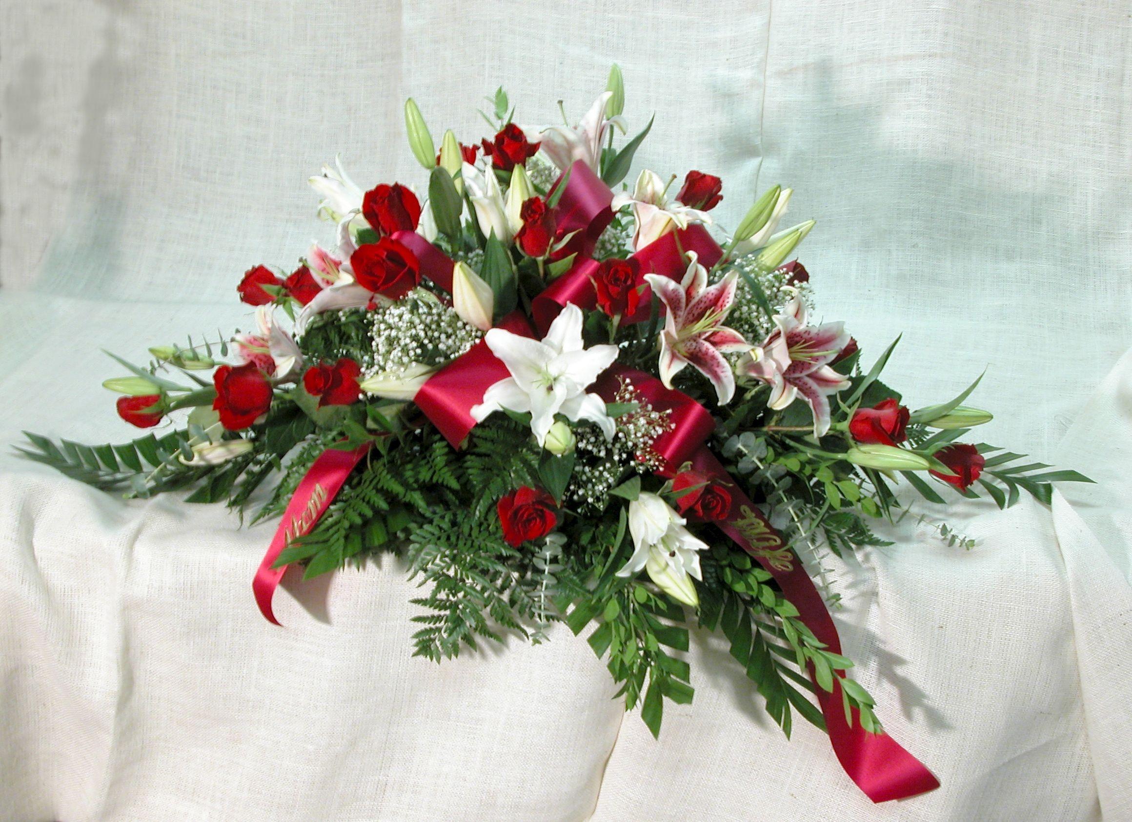 Herdt Florist Casket Sprayssympathy Flowers Floristry Funeral