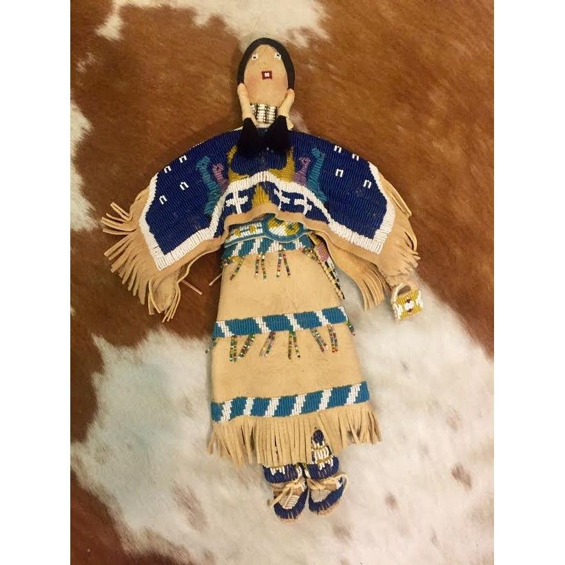 Art Quintana's Beaded Leather Indian Doll Casa Accessories at Cry Baby Ranch #indianbeddoll