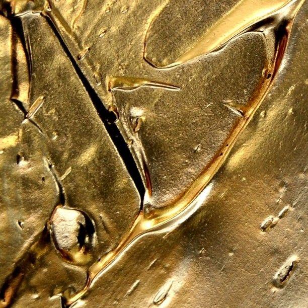 fragment of the painting titled VXVXXVXV by Algirdas Javtokas - #goldart #vxvxxvxv #modern #impressionism