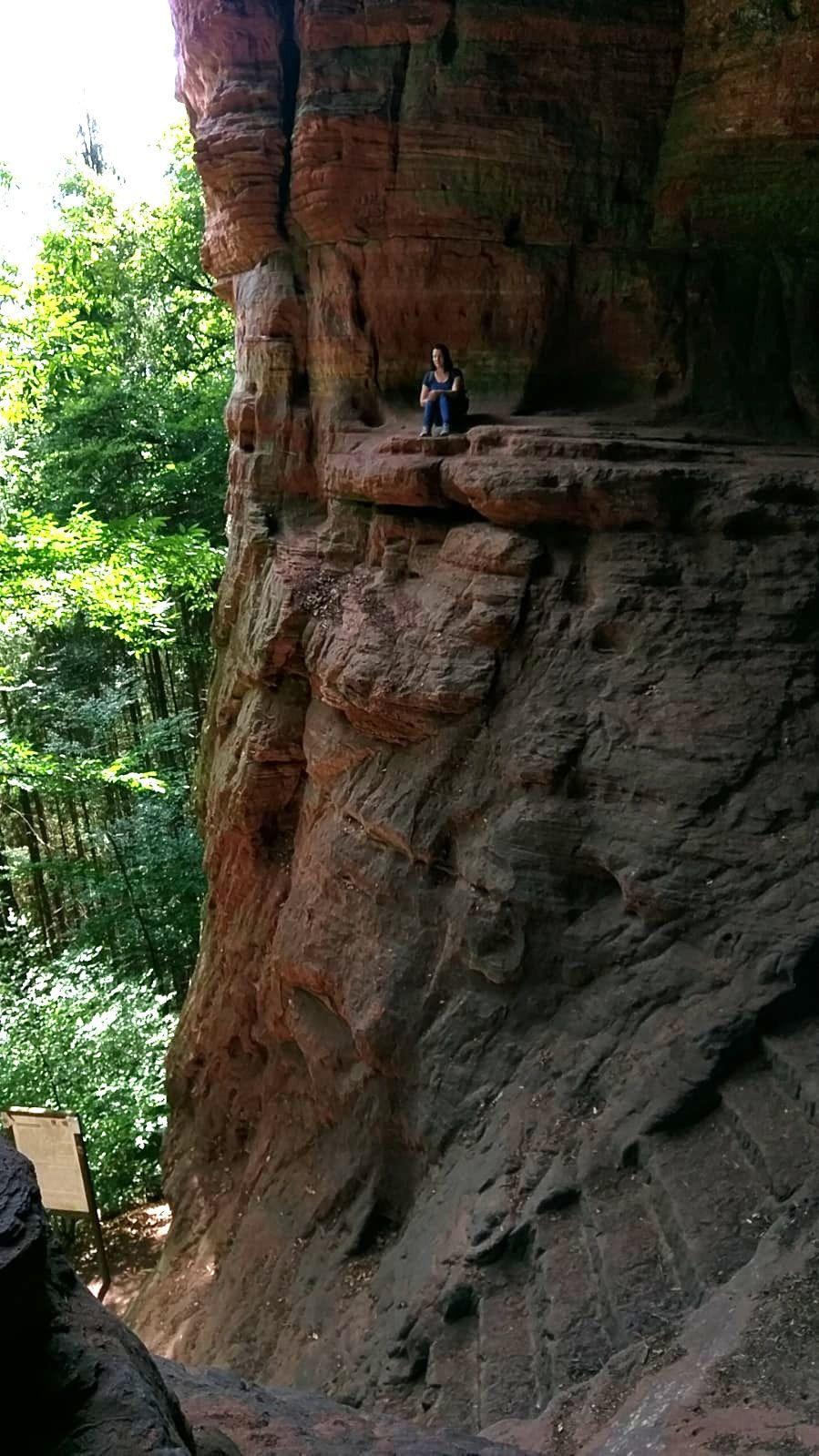 Von Zauberwäldern und geheimnisvollen Höhlen – Wandern auf dem Römerpfad #naturallandmarks