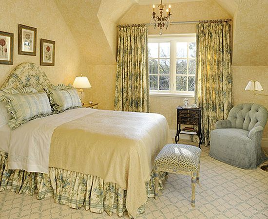 attractive color scheme fabric carpet the walls appear to have a rh pinterest com
