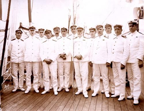 Titanic Officers and crew