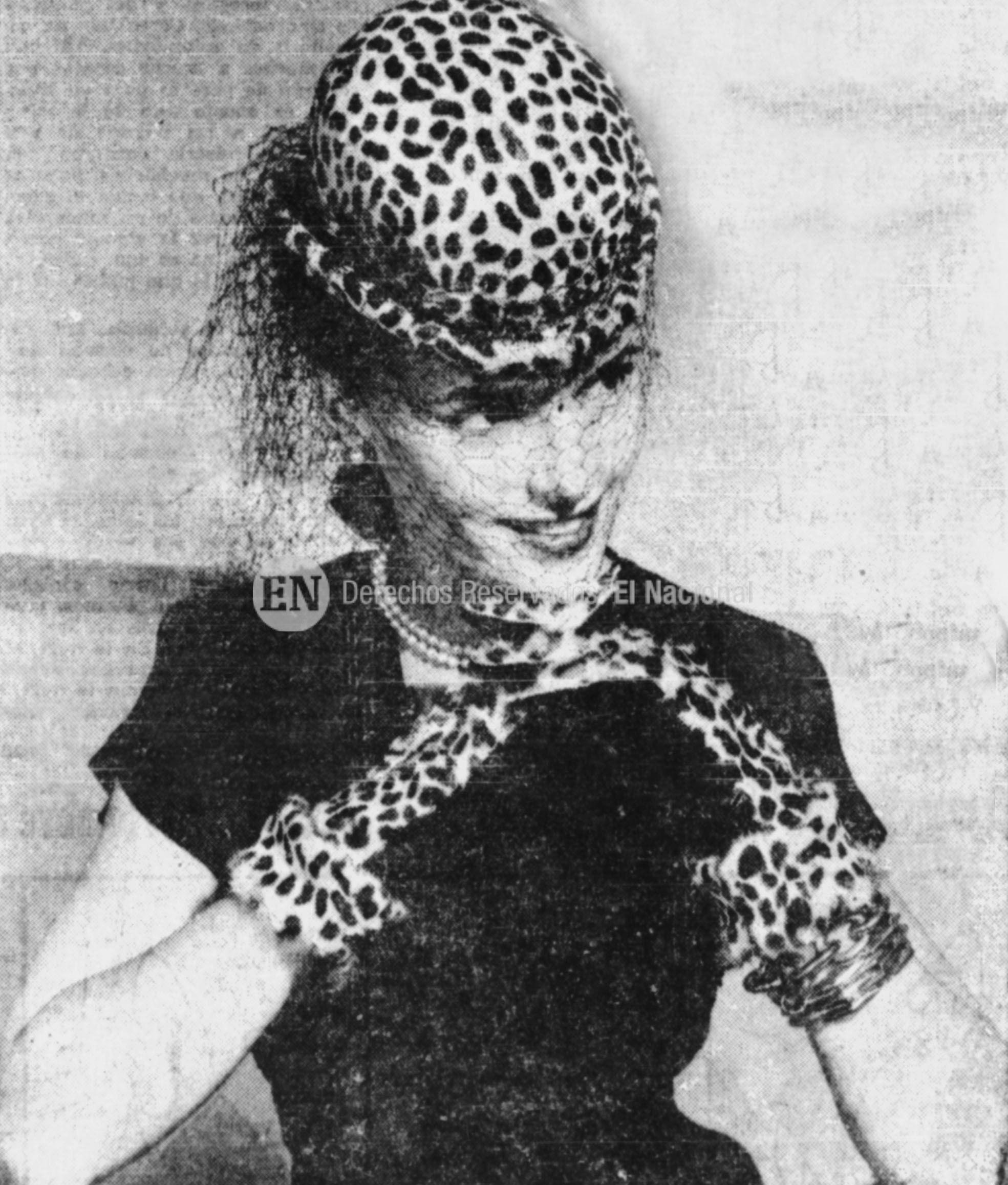 Sombreros como accesorios del  vestir. Década de los años 40. (ARCHIVO EL NACIONAL)