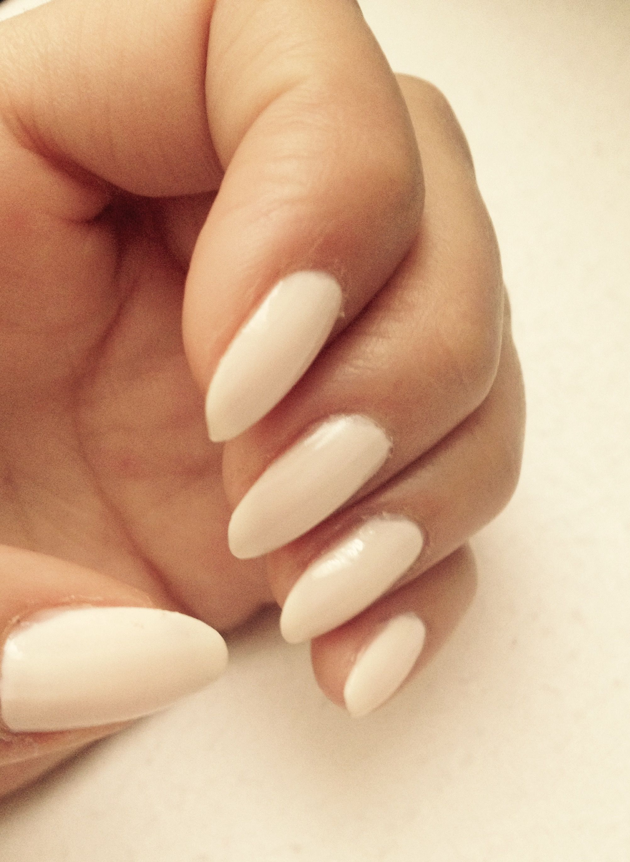 What dreams of nails