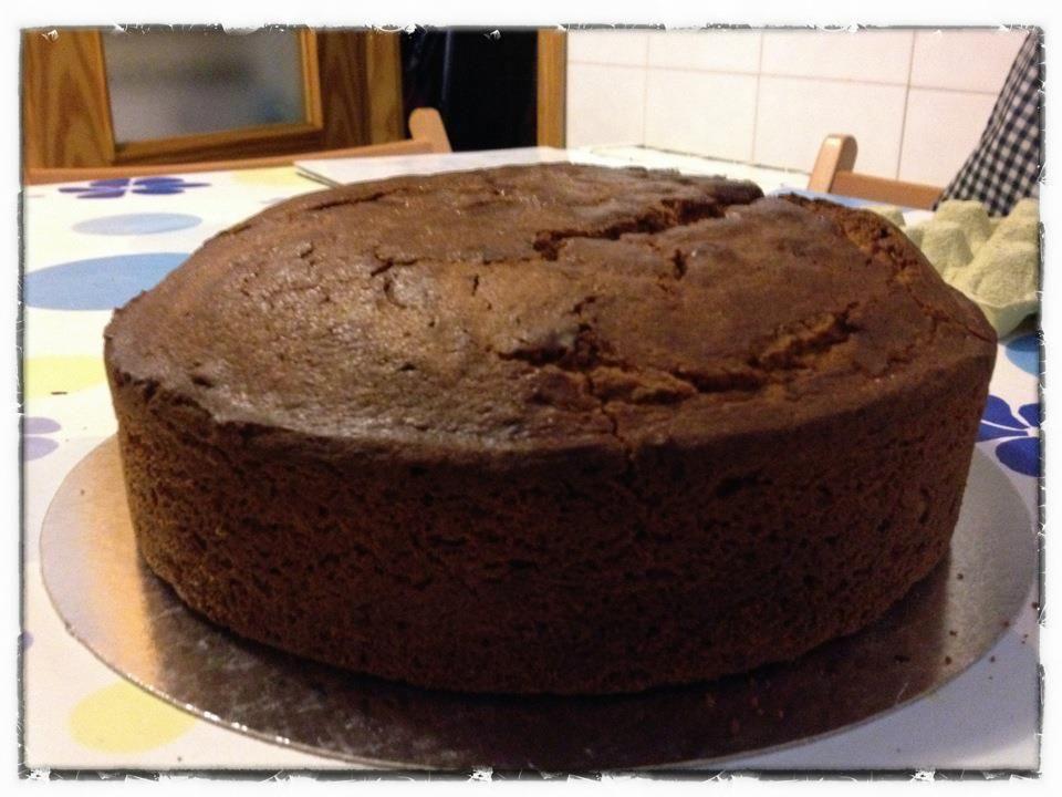 Resultado de imagen para pastel de chocolate casero