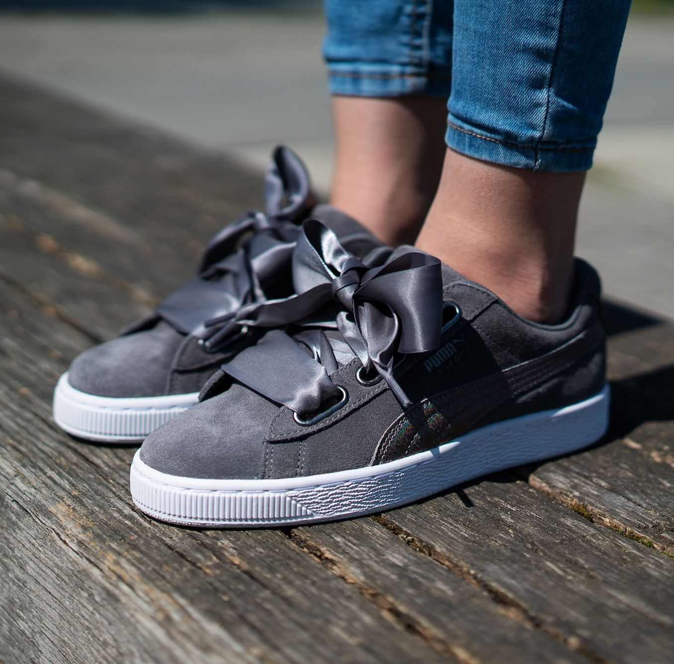 Puma Suede Heart LunaLux W – Smoked Pearl | Sockless | Puma