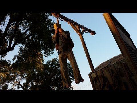 make a pneumatic thrasher hangman gallows prop scary diy halloween decorations youtube
