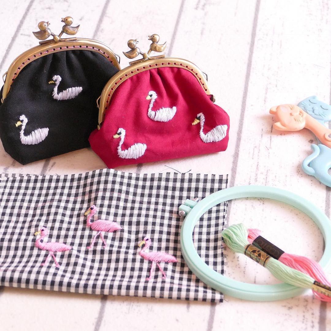 I am working on new items  #がま口 #purse #がまぐち #刺繍 #手刺繍 #embroidery #swan #スワン #白鳥 #flamingo #フラミンゴ