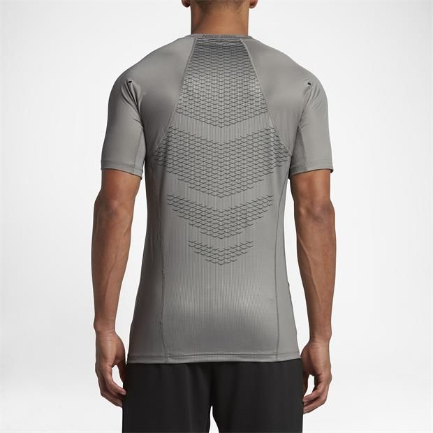 f4eaf59ca0219 Camiseta Nike Pro Hypercool Top Fitted Masculina