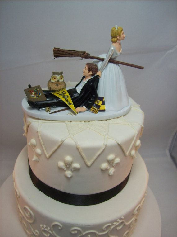 HARRY POTTER Funny Wedding Cake Topper HUFFLEPUFF House Charming     HARRY POTTER Funny Wedding Cake Topper HUFFLEPUFF House Charming Rehearsal  Dinner Groom s Cake Magic Wizard Witchcraft