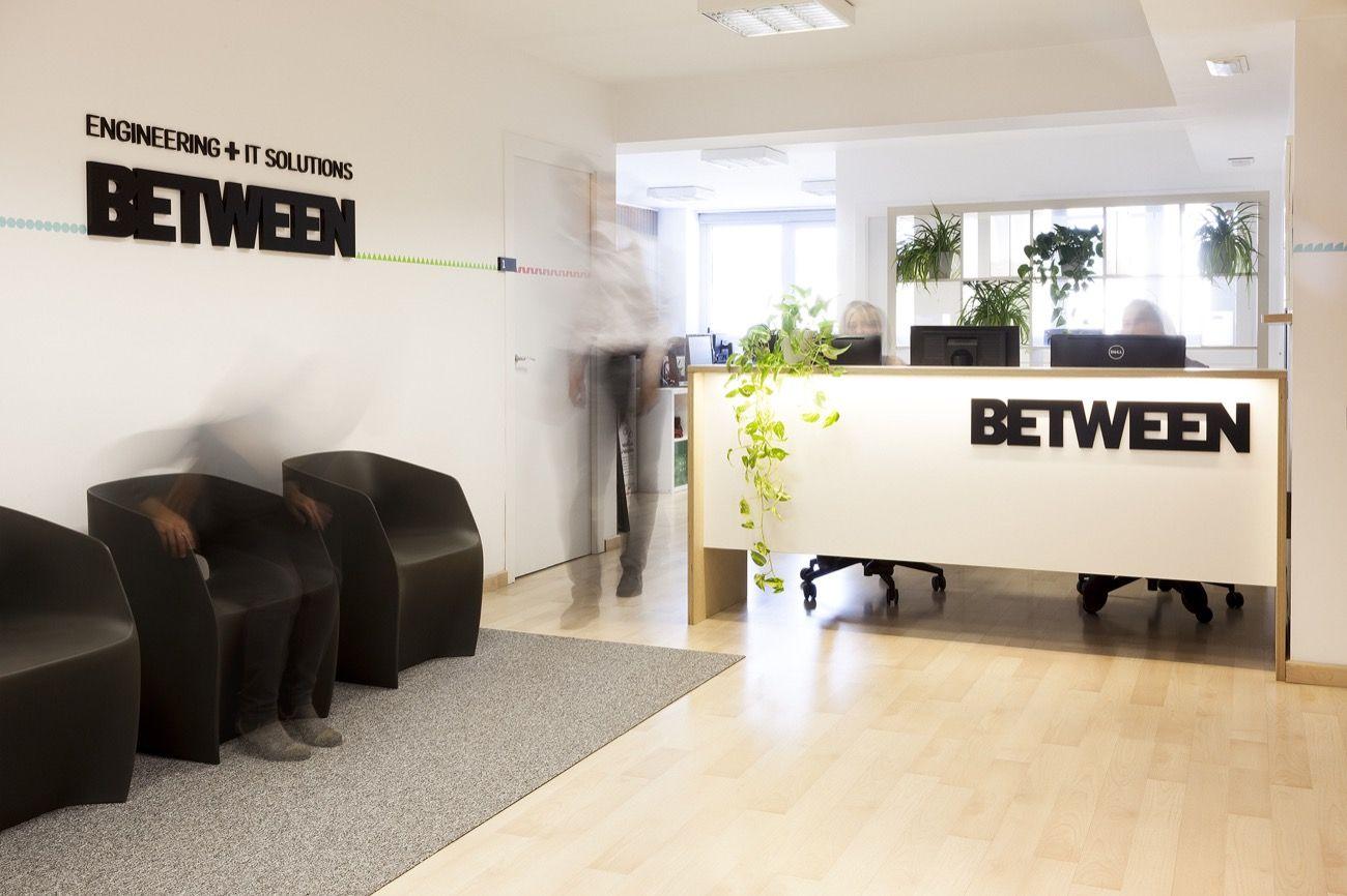 Stefano Colli | Diseño de las oficinas para la empresa Between ...