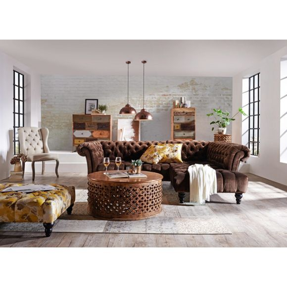 Prunkvolle Wohnlandschaft in Braun barocker Charme im Wohnzimmer