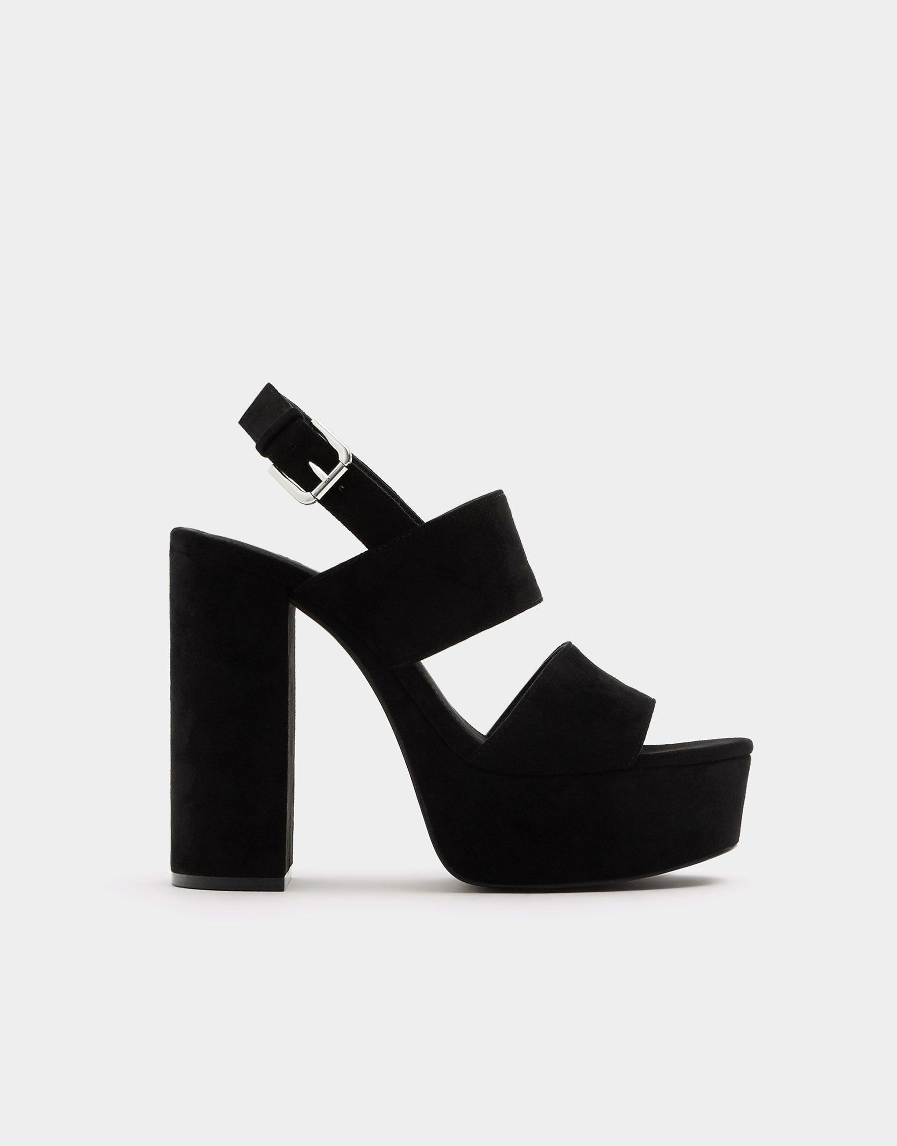 Sandalia plataforma raso negra Zapatos de tacón