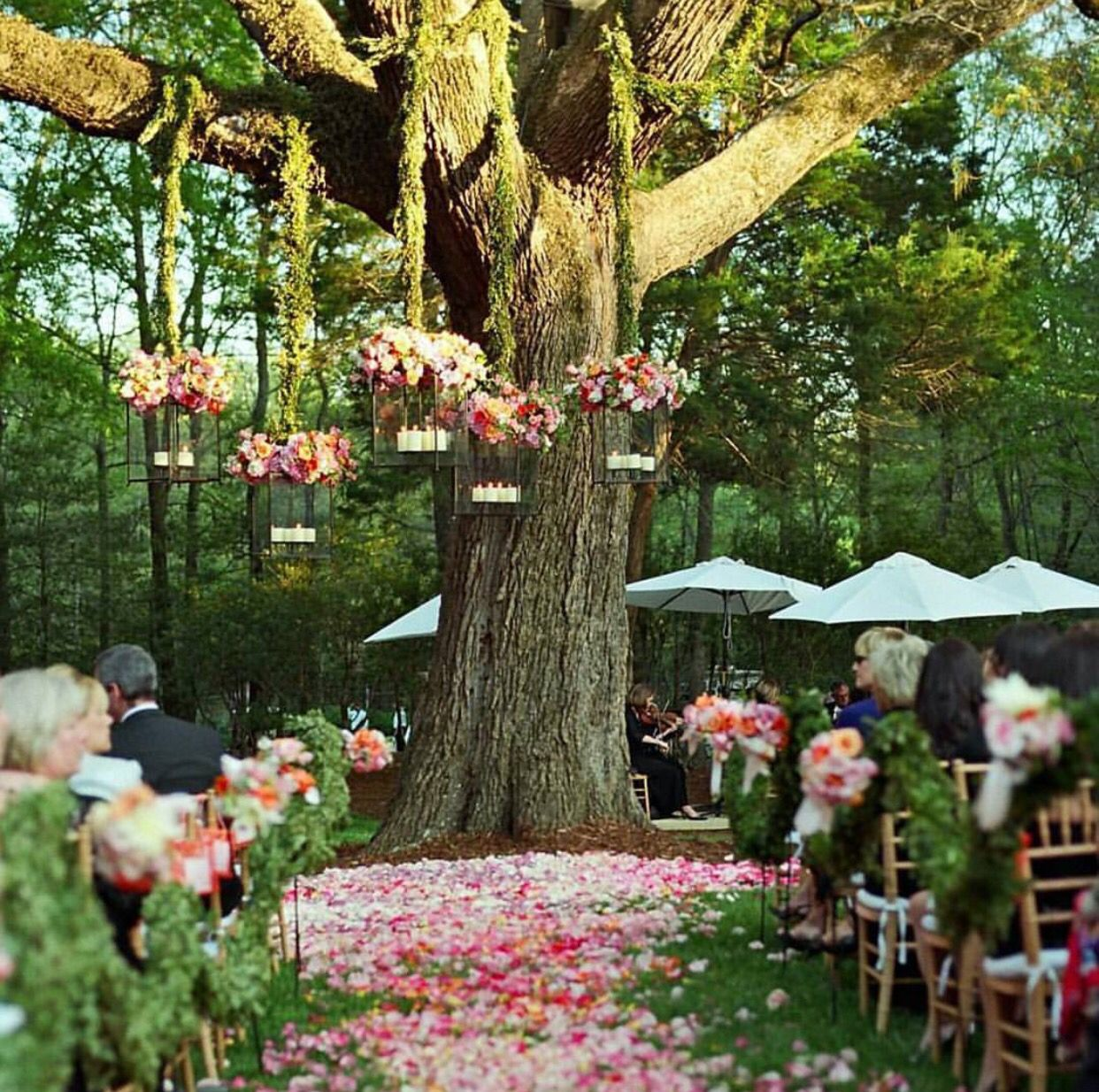 A forest wedding by @weddedwonderland| Be inspirational ❥|Mz. Manerz: Being well dressed is a beautiful form of confidence, happiness & politeness