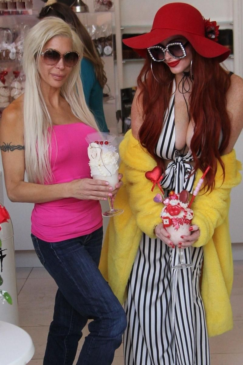 Angelique Morgan phoebe price and angelique morgan shopping for valentine's
