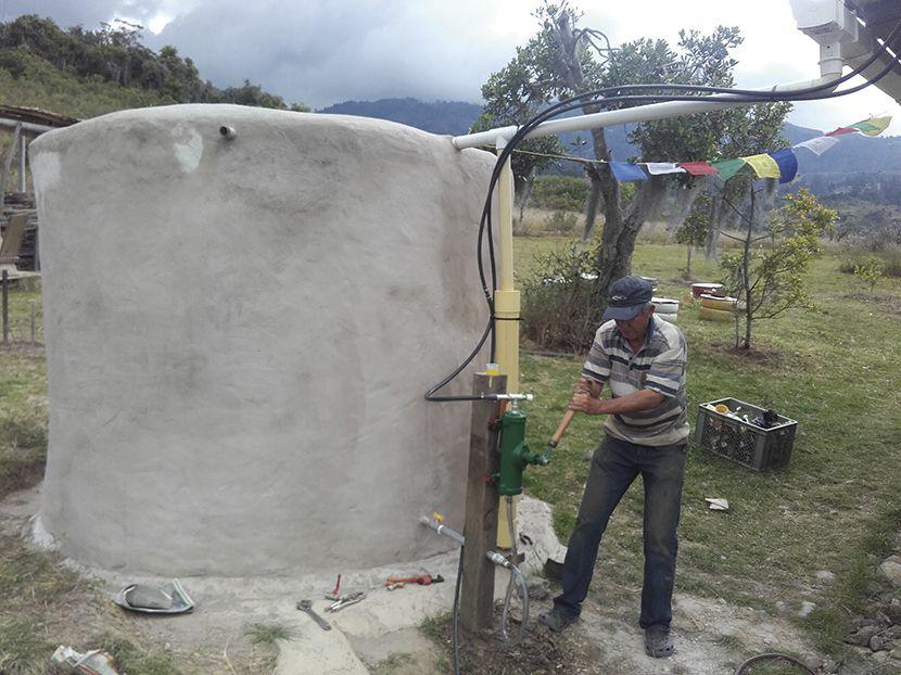 Almacenar Agua De Lluvia Como Construir Un Deposito Agua De Lluvia Almacenamiento De Agua Y Agua