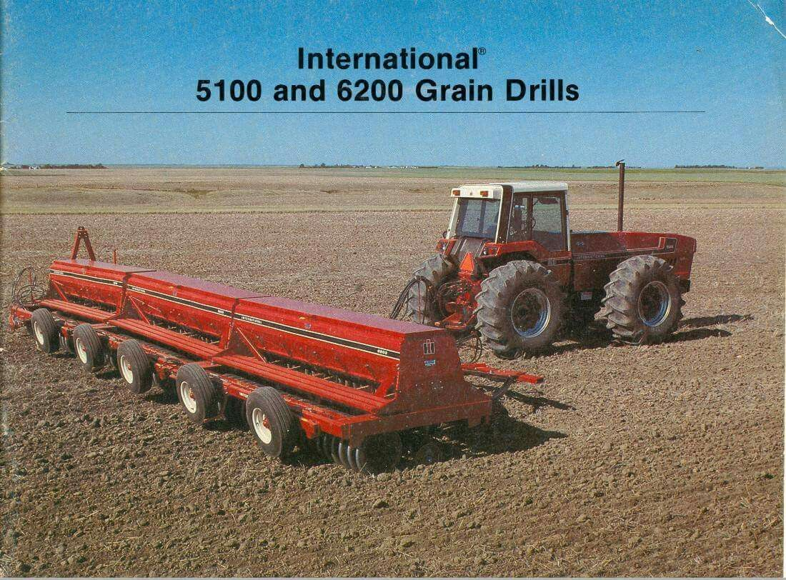 Ih 5100 And 6200 Grain Drills Farm Toy Display Old Tractors
