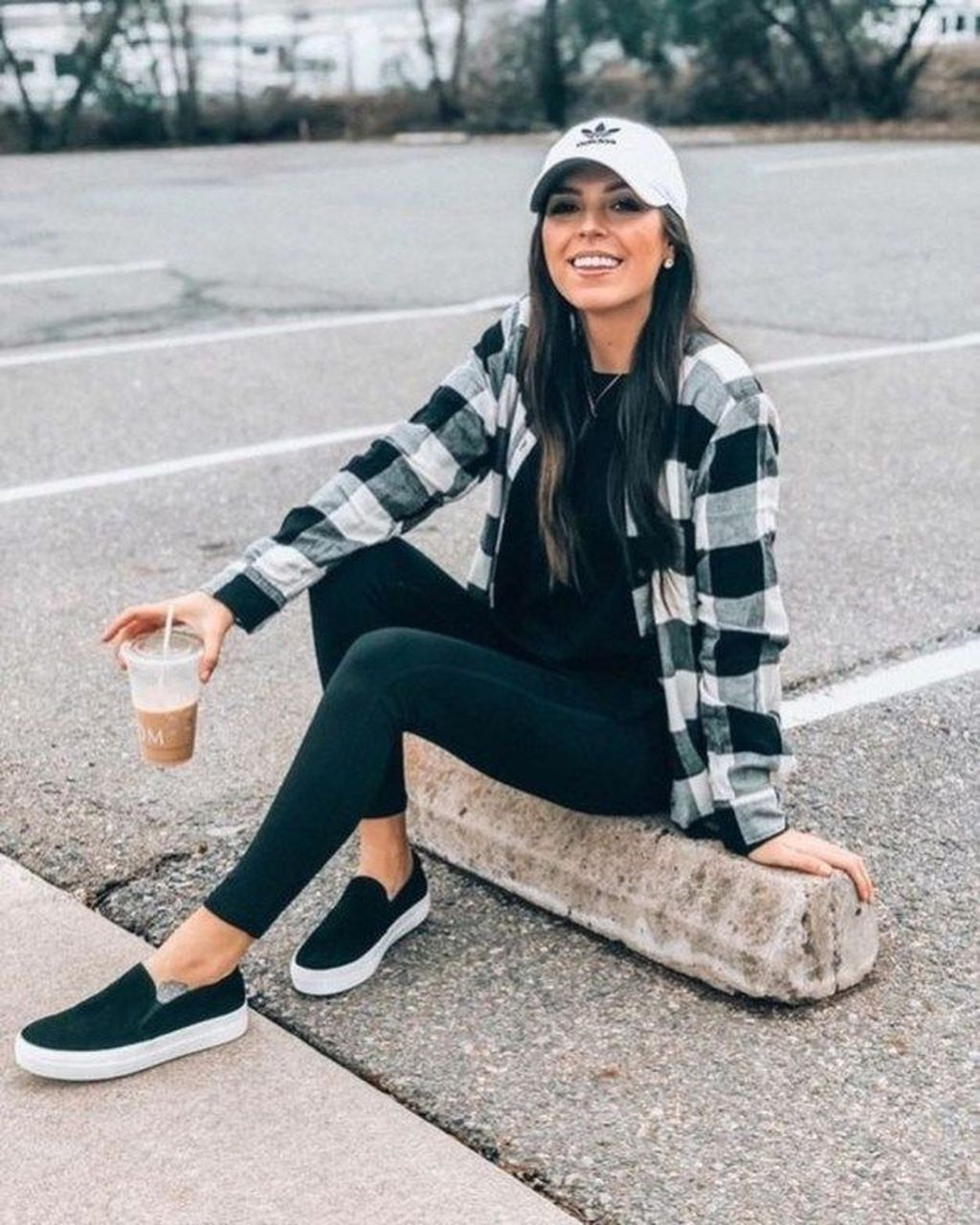 35+ Black And White Plaid Shirt Outfit Ideas