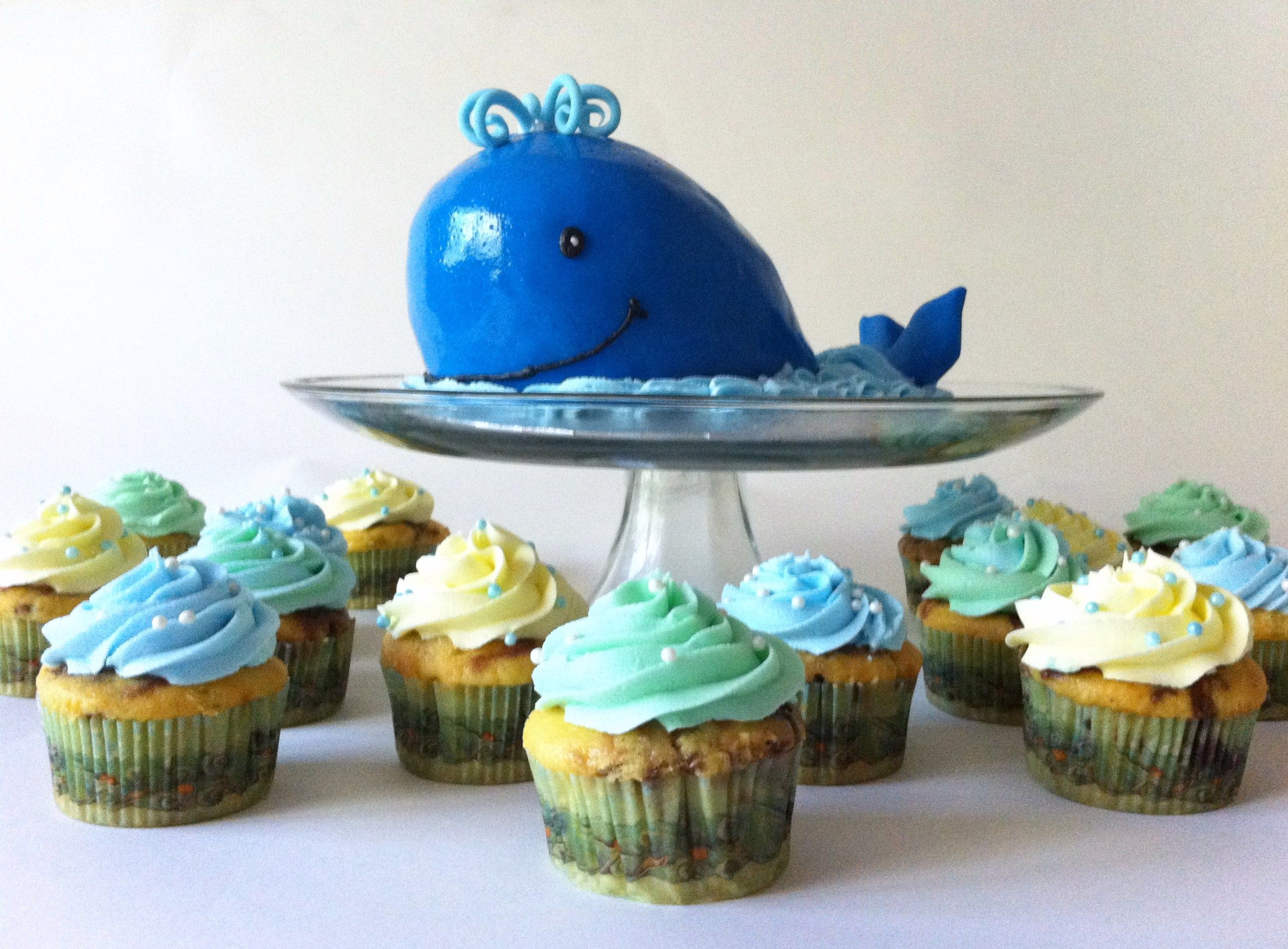 blue whale smash cake Baby Showers Pinterest Smash cakes