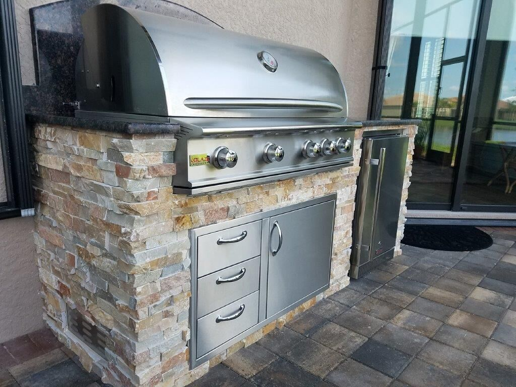 Outdoor Kitchens Making Your Dream Come True With Images Kitchen Design Outdoor Kitchen Outdoor Kitchen Design