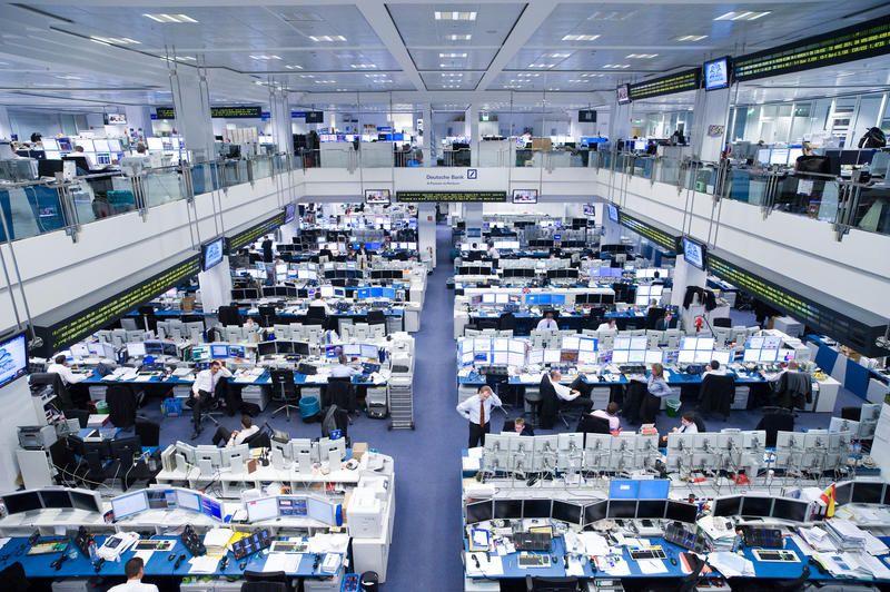 New Figures Highlight Deutsche Bank S Core Weakness Handelsblatt Global Edition Deutsch Photo Wall Capitalism