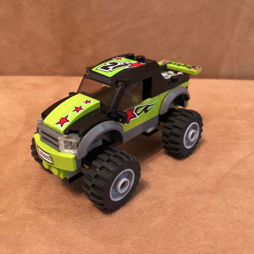 60055 LEGO Complete City Monster Truck and driver