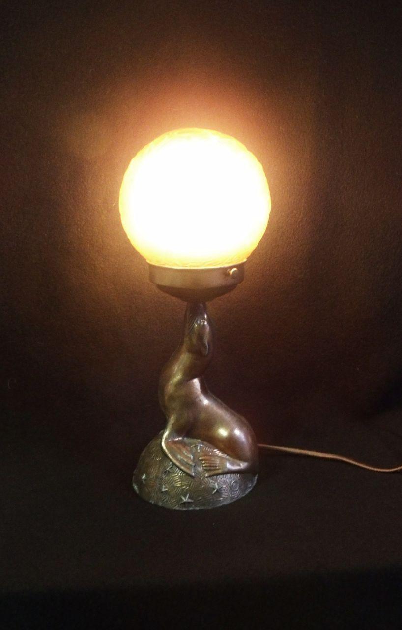 Art Deco Balancing Seal Table Lamp With Brain Shade Art Deco Lamp Deco