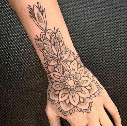 23 Tatuajes Para La Mano Que Te Puedes Hacer Con Henna Henna