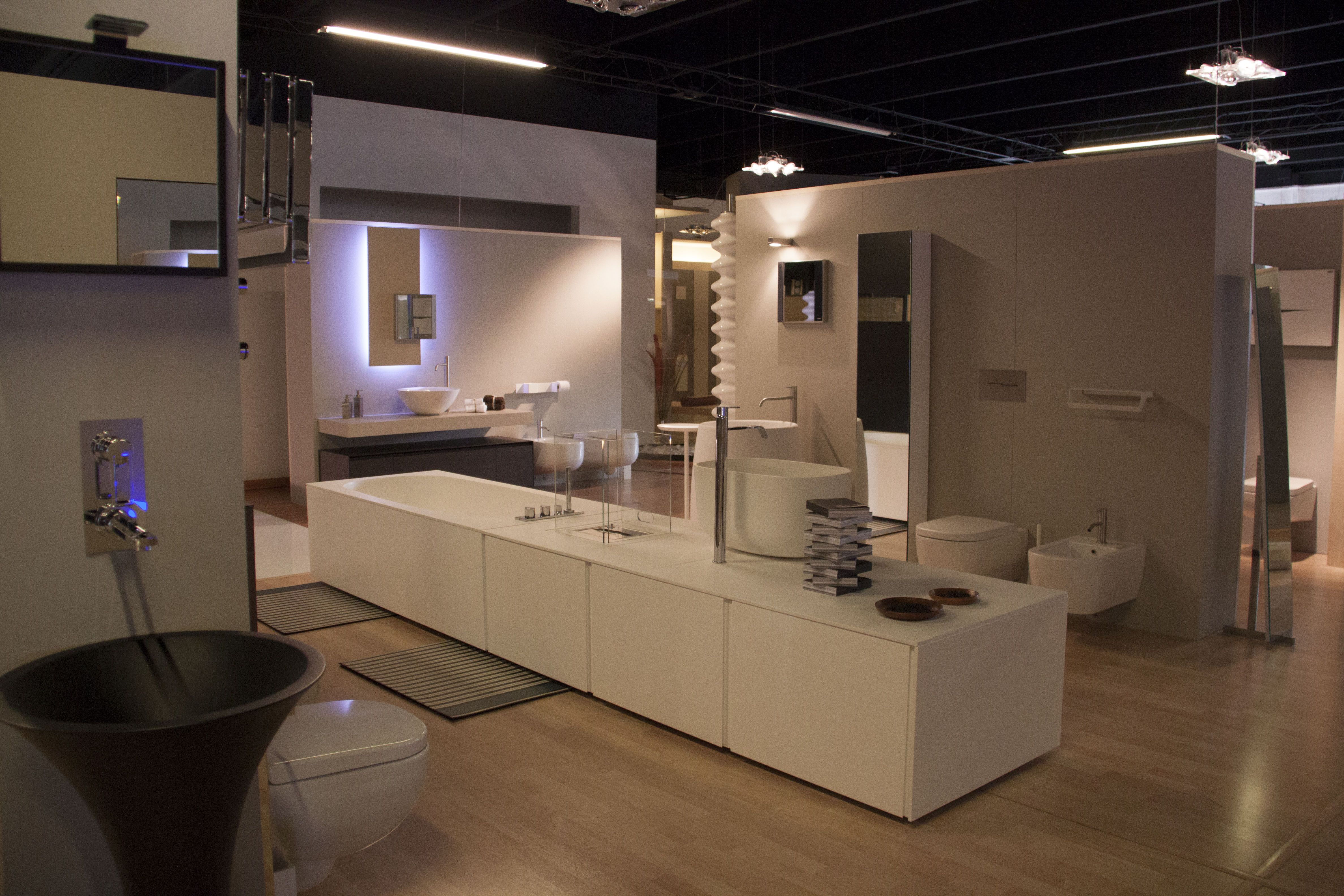 Bathroom Design Showroom showroom 2 #stipbagni #roevolciano #trento #salò #spa #wellness