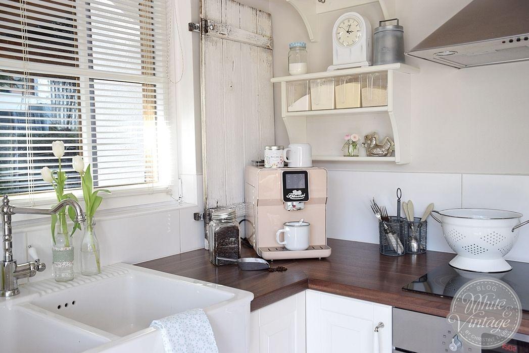 White Vintage Landhauskuche Haus Kuchen Kuche