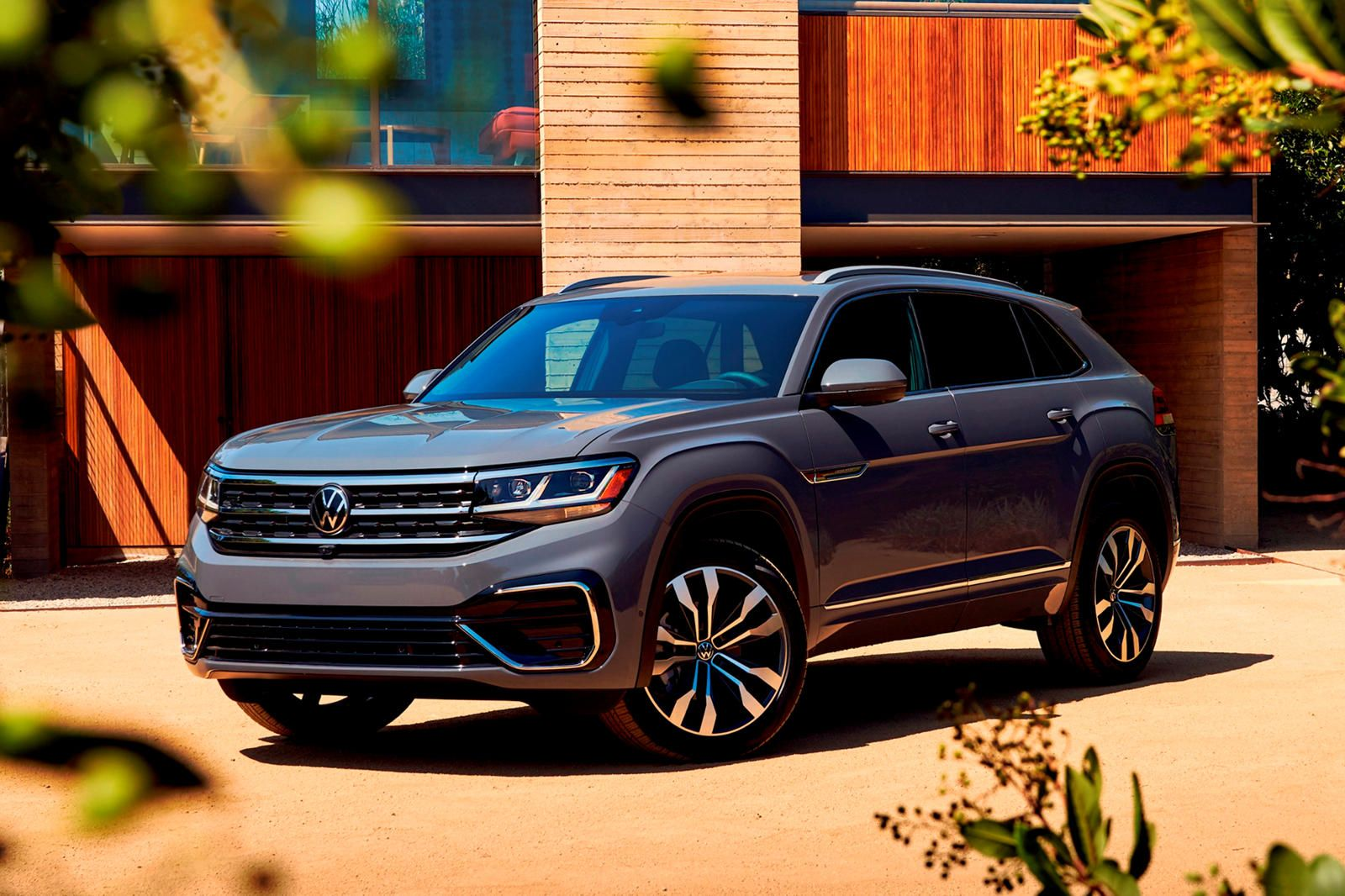 2020 Volkswagen Atlas Cross Sport First Drive Review A Focus Group Gone Right The Tennessee Built Midsize Suv Portrays Ameri In 2020 Volkswagen Suv Volkswagen Passat