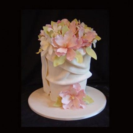Planet Cake – White One Tier Cake