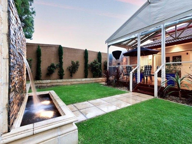 Diseño de jardines modernos - 100 ideas impactantes - cascada de pared