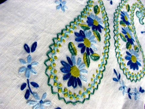Two Vintage Embroidered Tea Towels by RusticBrickRd on Etsy, $12.00