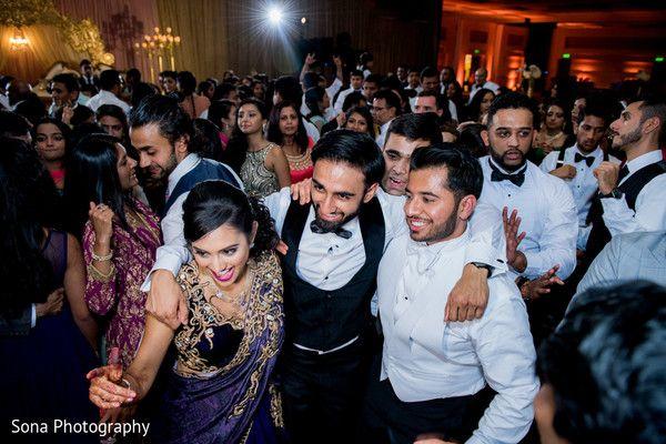 Indian wedding party capture. http://www.maharaniweddings.com/gallery/photo/105698