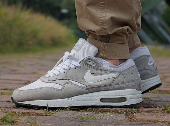 ... 6a751 ea849 Weve already gone throwback with the Air Max 1 with our two  week- ... 720c2f7193