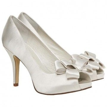 Weeding Heels With Bows Ivory Colour Menbur Heels Wedding Shoes Shoes
