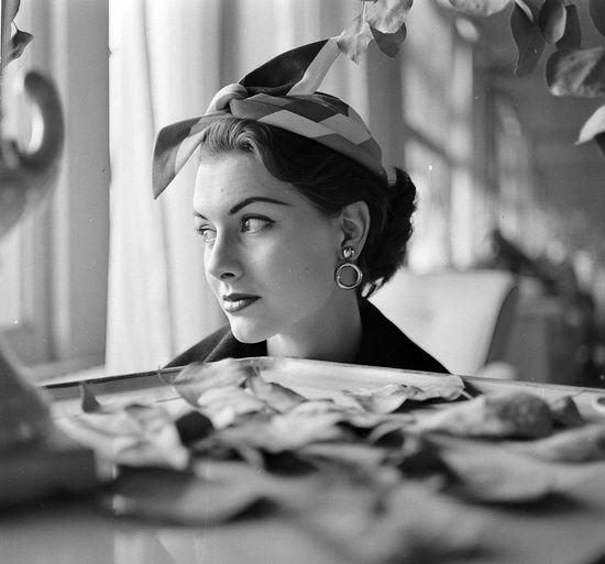 Nancy Berg photographed by Gordon Parks, March 1952.