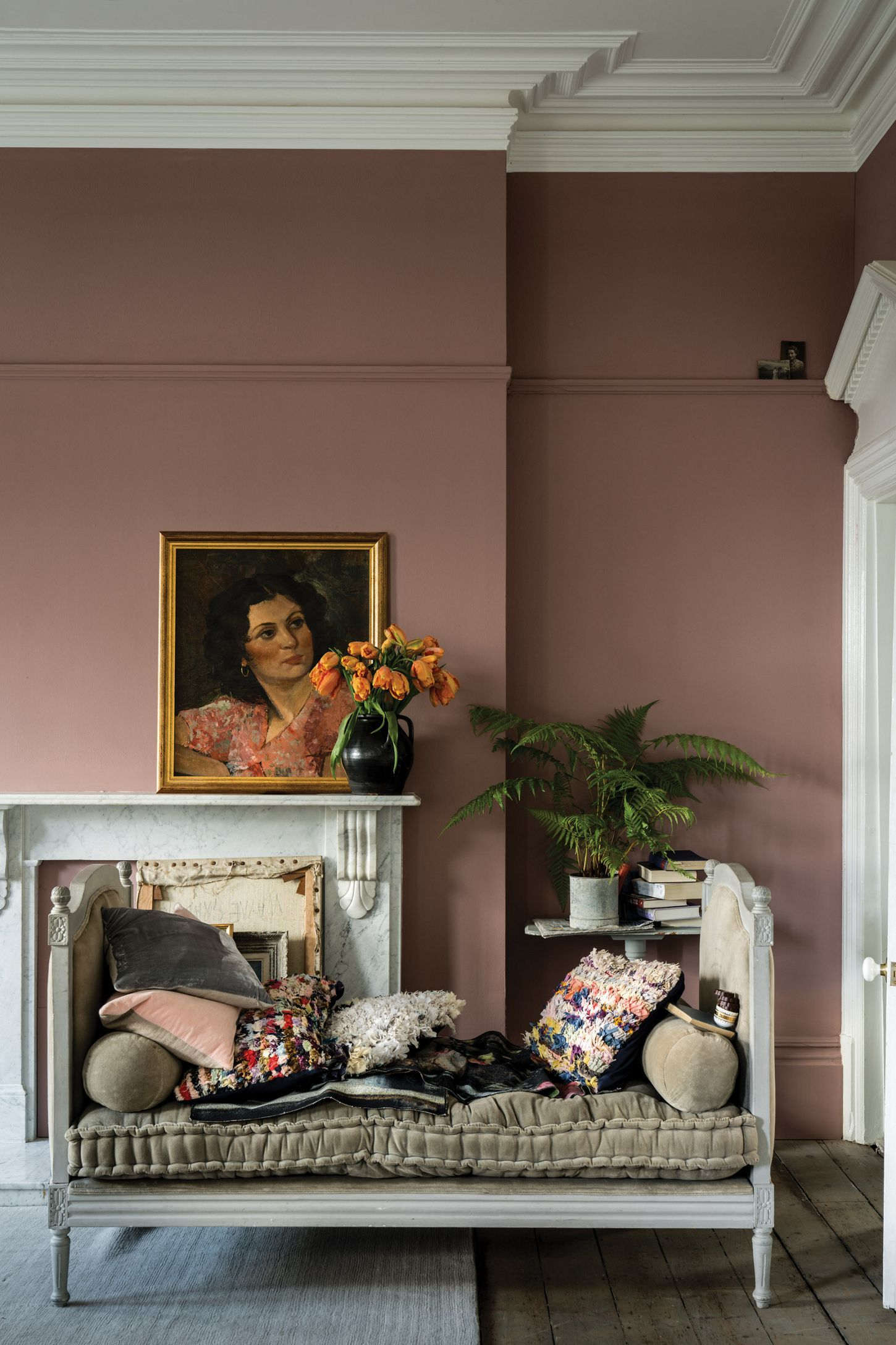 Sulking Room Pink No 295 1 Gallon In 2020 Pink Living Room Walls Pink Living Room Living Room Paint #paint #my #living #room