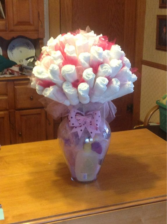 Diaper bouquet maybe small ones for centerpieces
