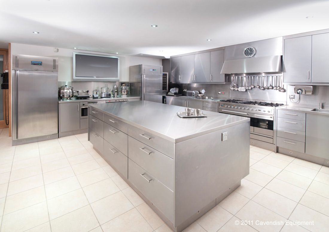 Www Cavendishequipment Co Uk For The Professional Kitchen Look In The Stainless Steel Kitchen Island Steel Kitchen Cabinets Appliances Kitchen Stainless Steel