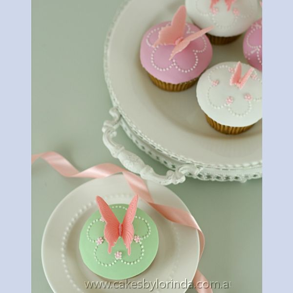 Butterfly Cupcakes » Lorinda Seto