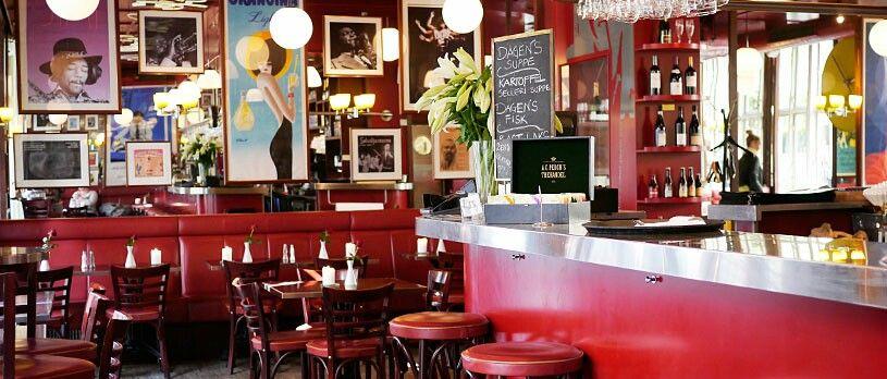 Lækker mad og venlig betjening. Café Dan Turrel er en restaurant/café med en enormt hyggelig atmosfære. Mit selskab og jeg havde en perfekt aften i selvskab med det charmerende personale og gennemgående lækker mad og drikke, alt i alt en rigtig god aften.