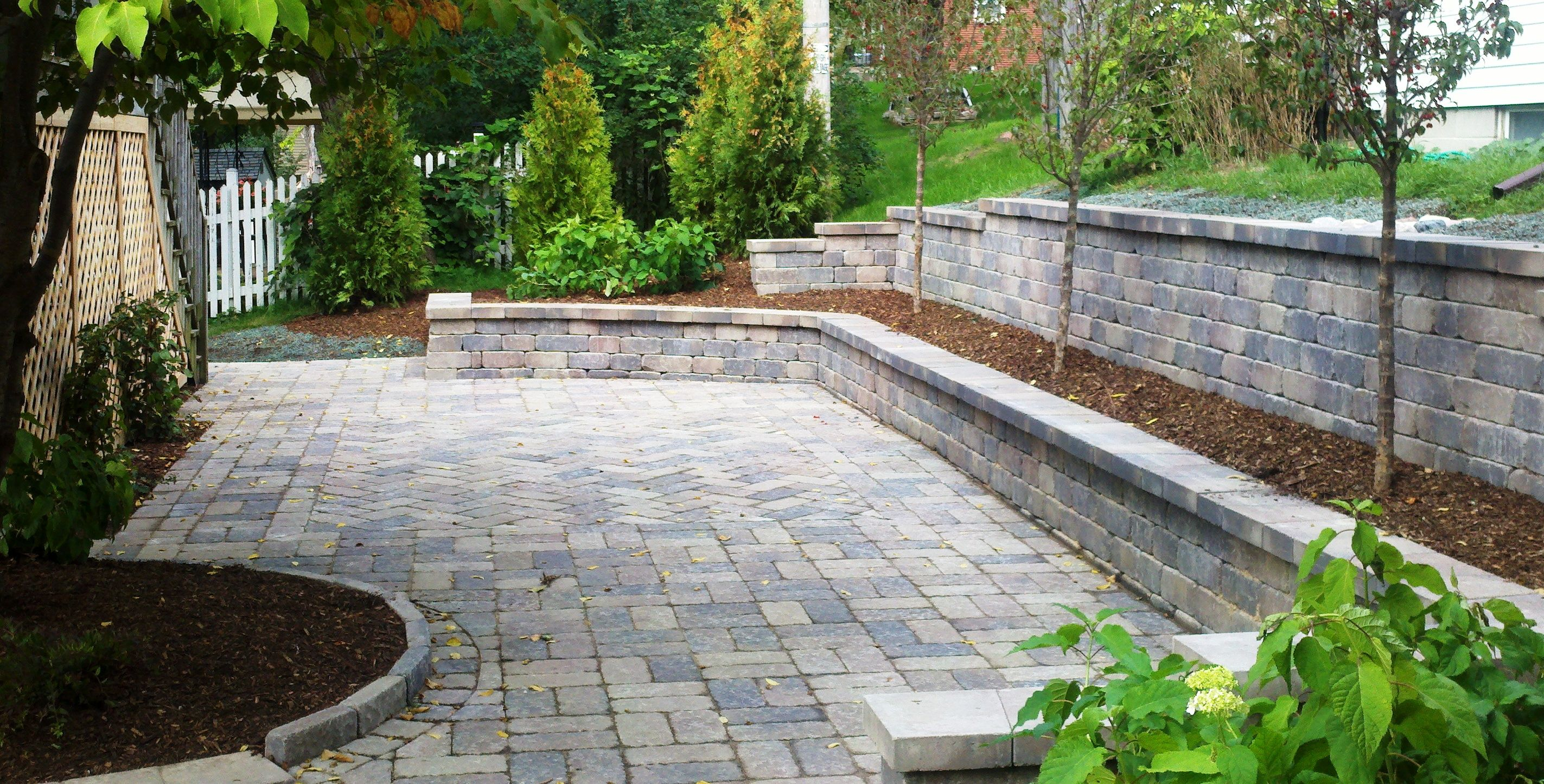 Retaining wall reflections from wandsnider landscape for Block wall landscape design