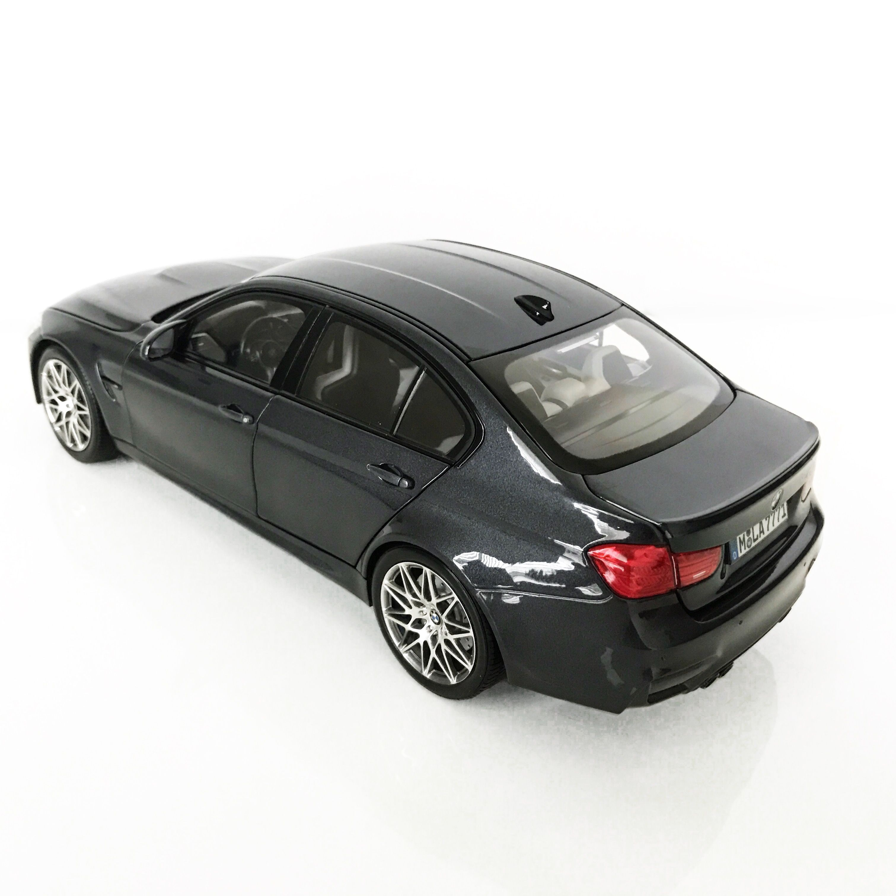 Norev F80 BMW M3 Competition Package (Dealer Edition