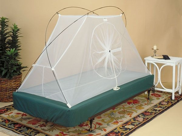 The Travel Tent II is a free-standing fully enclosed mosquito net / & The Travel Tent II is a free-standing fully enclosed mosquito ...