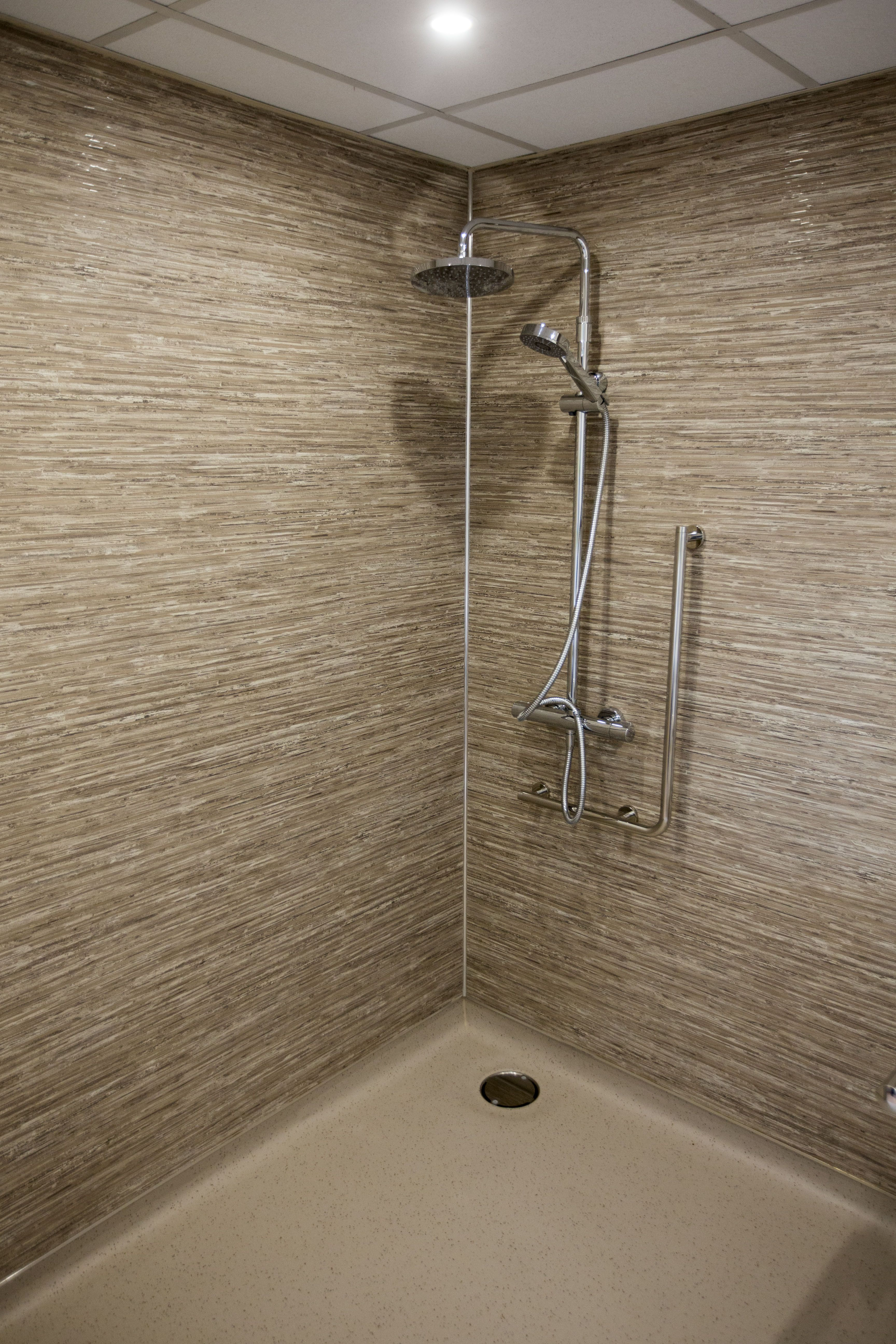 Ibis Head Office Recently Made A Grant Fund Available To Its Hotels For Upgrading Room Facilities And Glasgow Quay Was Sel Shower Wall Panels Hotel Shower Wall