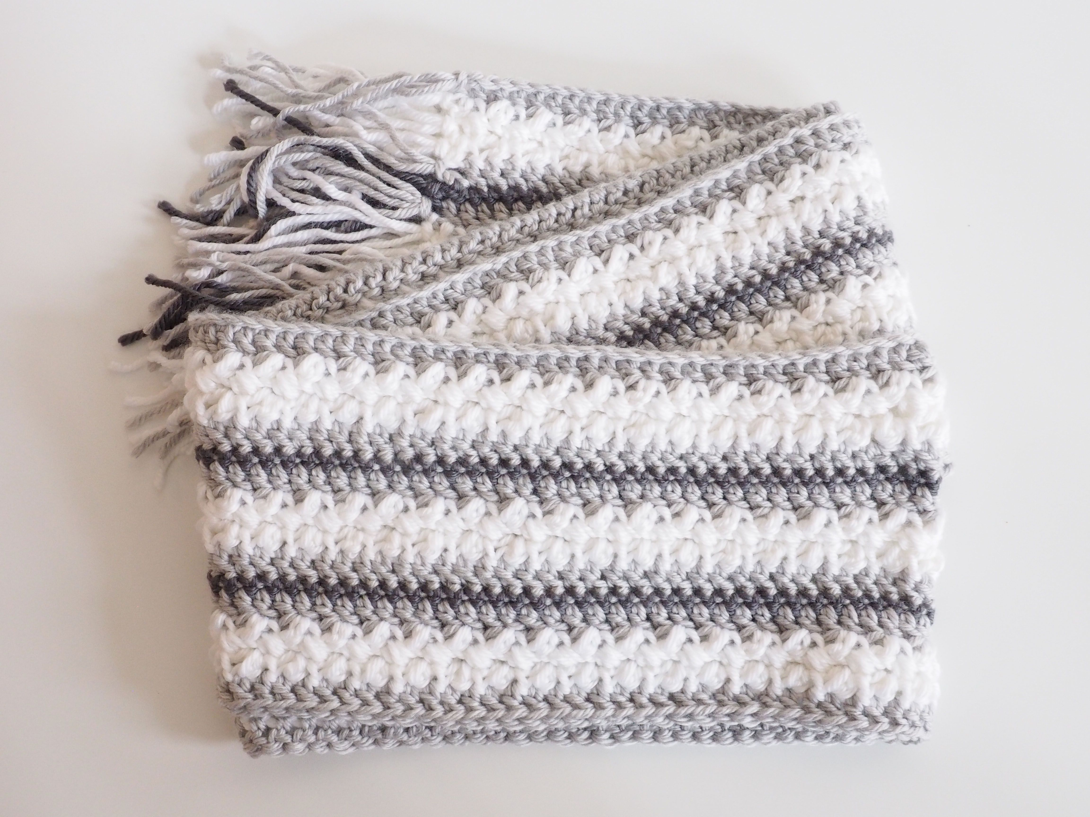 Winter Wonderland Crochet Scarf Pattern | Crochet scarf patterns ...